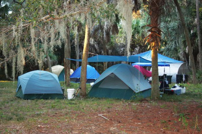 Tent camps are needed for the 3-day hunts on Georgia's coastal islands.