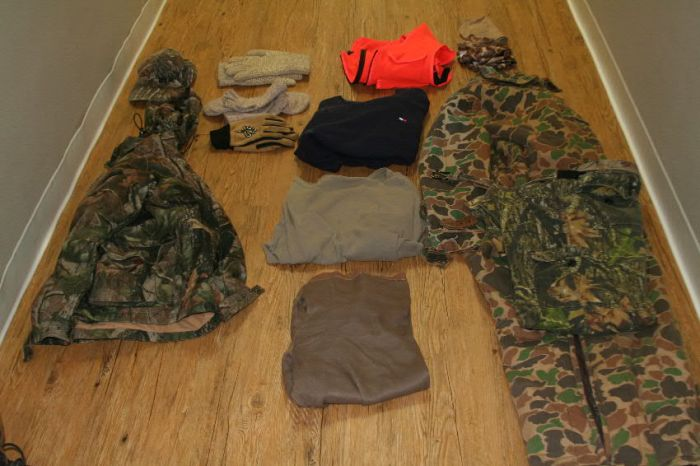 Layout of improvised cold-weather hunting clothing.