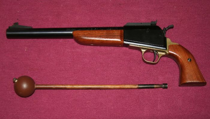 Thompson/Center Arms' Scout with its distinctive ramrod-short starter combo.